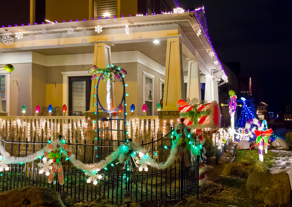 christmas lights house porch by daybreakdeancom