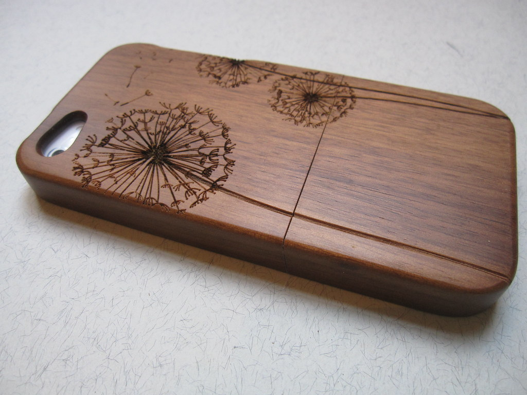 iphone wood case iphone 5 wooden phone cases bamboo cherry or walnu 12505
