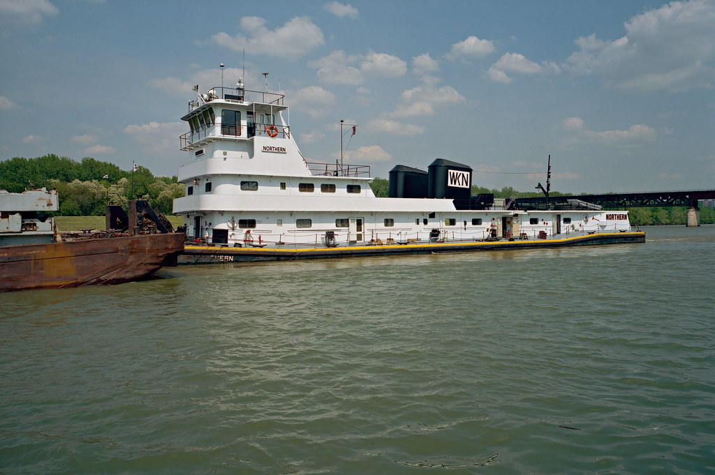 99e010: Northern | Portland Canal near 16th St.. Towboat ...