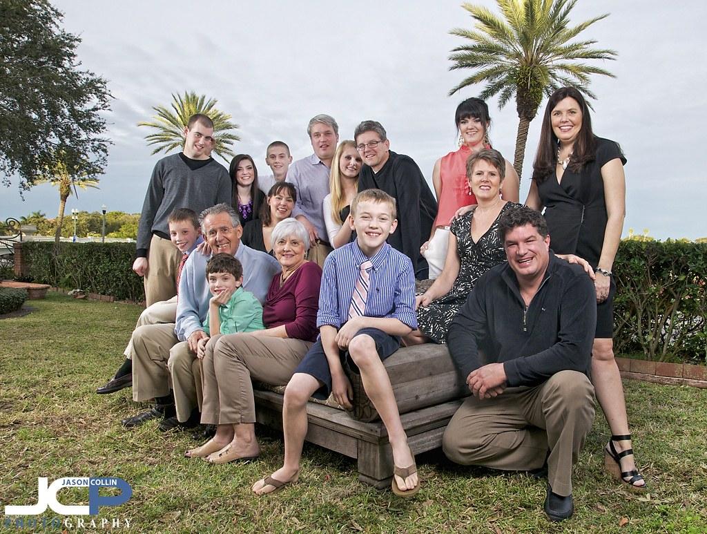 16 Person Family Portrait In St Petersburg Florida Strobi