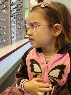 Isobel glasses shopping | by ex.libris