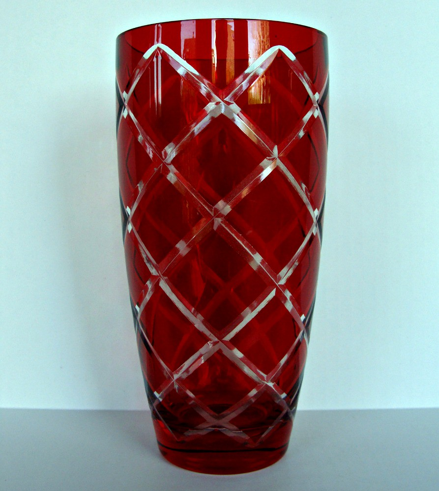 ruby red glass vase clear cut diamond argyle pattern 85