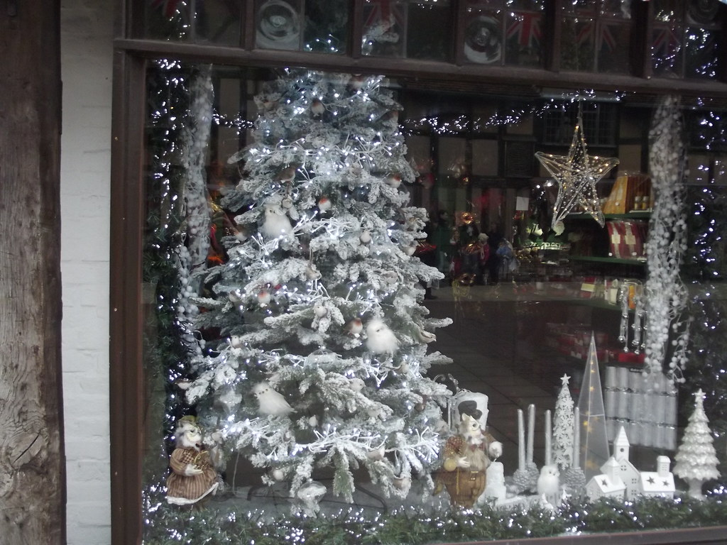 6 Christmas Tree