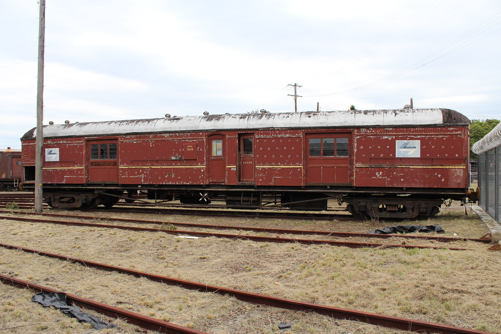 9 Passenger Van >> MHO 2624 | Passenger Bogie Brake Van MHO 2624 stored on one … | Flickr