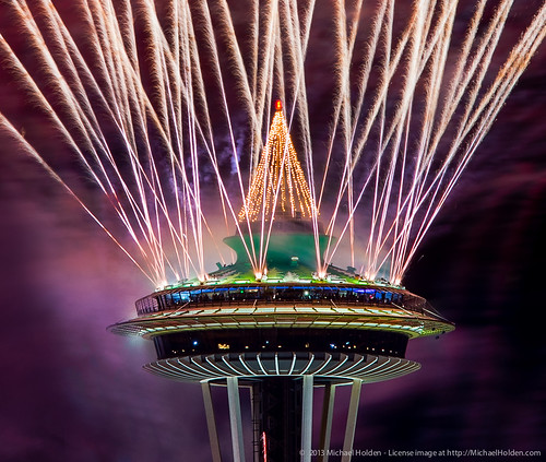 New Years 2013: Space Needle Fireworks in Seattle   New ...