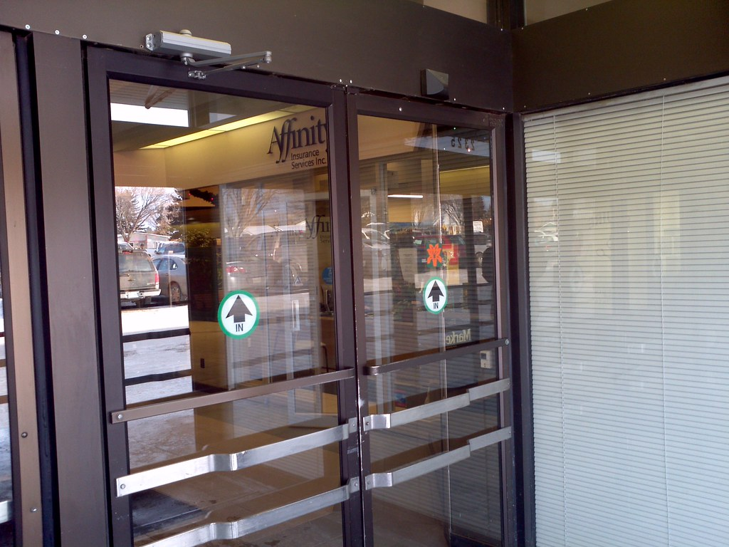 Automatic door at market mall in saskatoon the