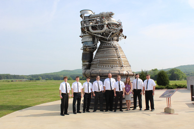 Young Engineers 'Go Retro' (NASA, Space Launch System, 01 ...