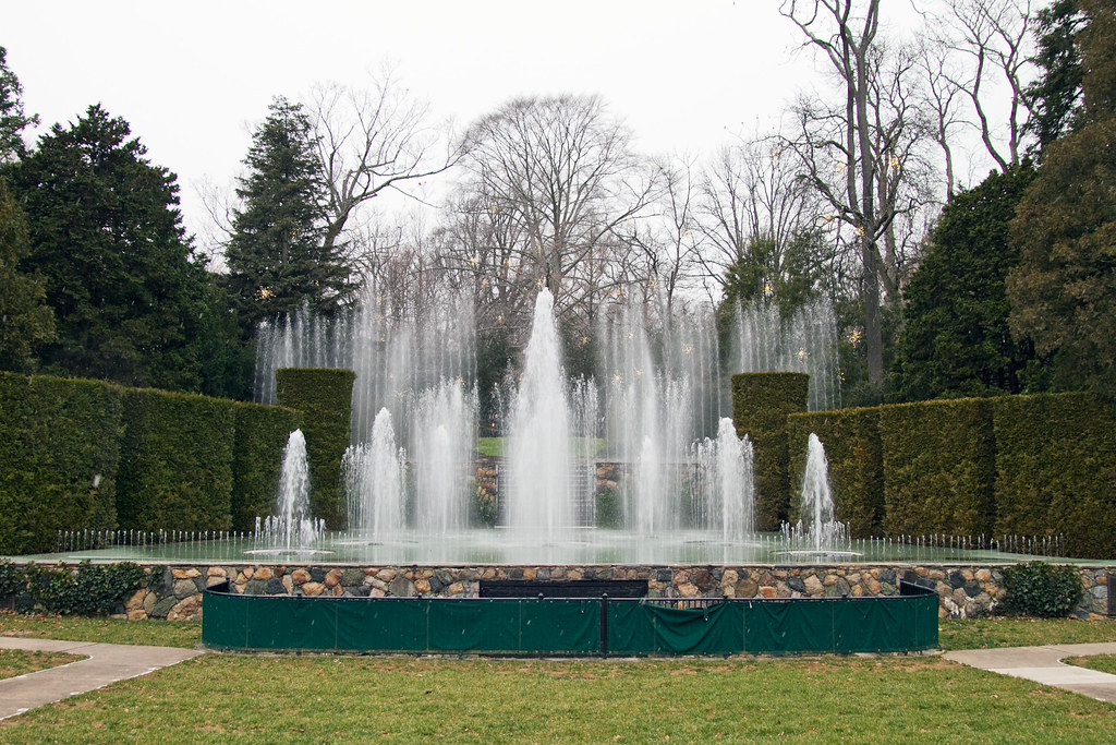 Water Fountain Show Longwood Gardens Robyn Lee Flickr