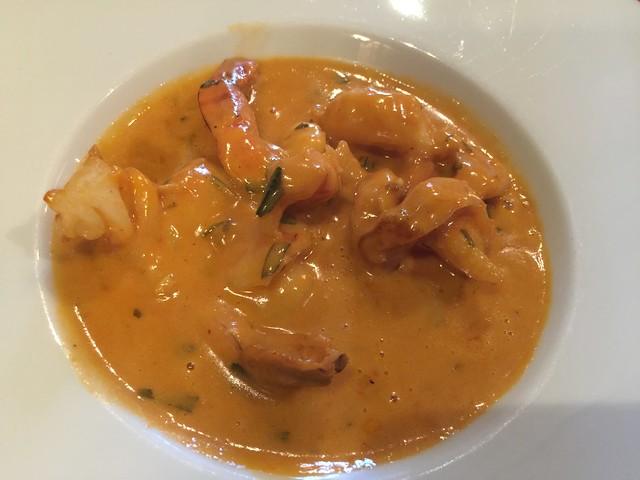 Scampi con salsa en L'Ommengang de Bruselas