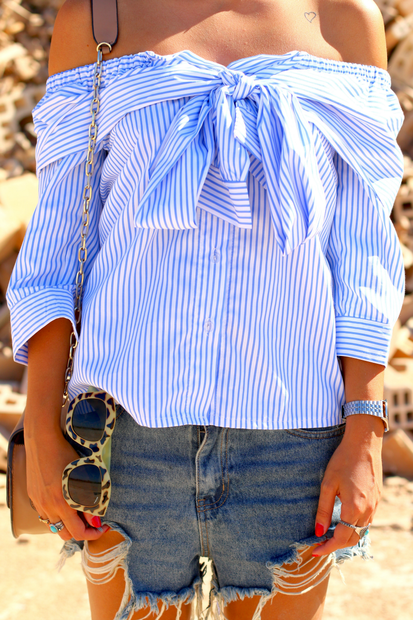 camisa-lazo-hombros-descubiertos