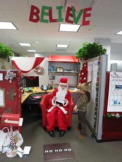Christmas Office Door Decorating Contest Ideas