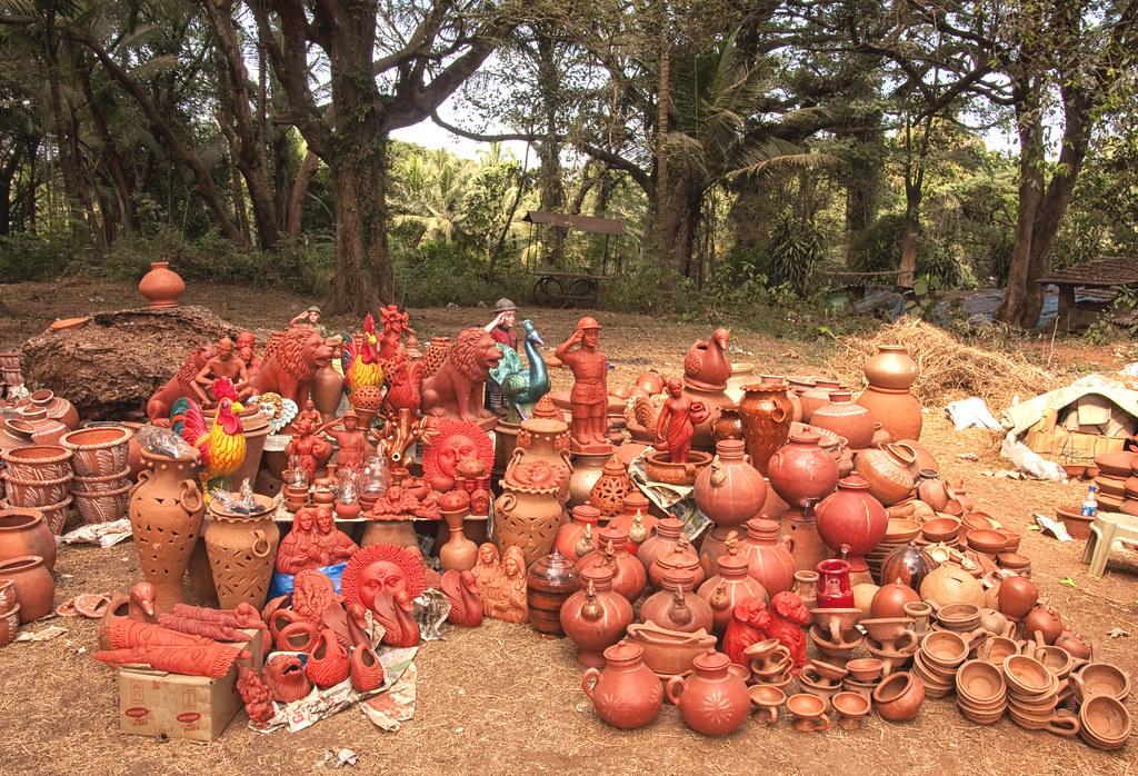 Goan Handicrafts Old Goa Clay Handicrafts Being Sold In Flickr