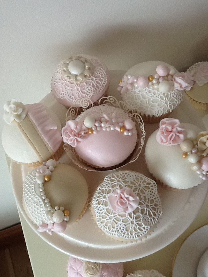 Baby Shower Cakes N Cupcakes