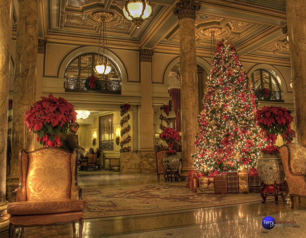 Christmas Decorations In Hotel Lobby : The willard hotel lobby with christmas tree and decoration