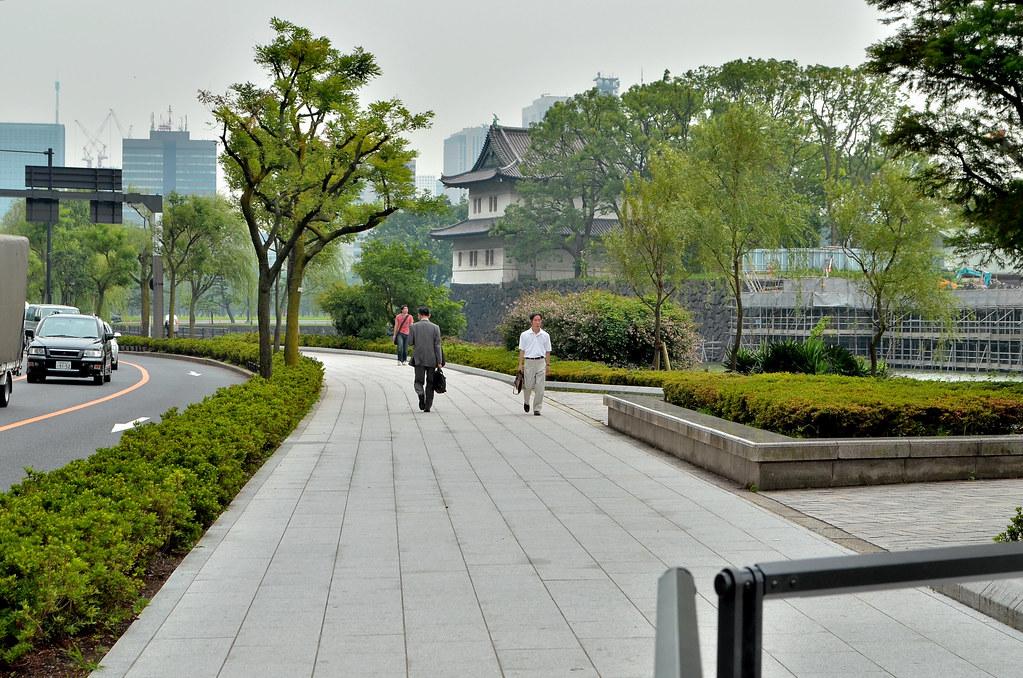 Kokyogaien imperial palace outer garden 2012 7 5 for Outer garden