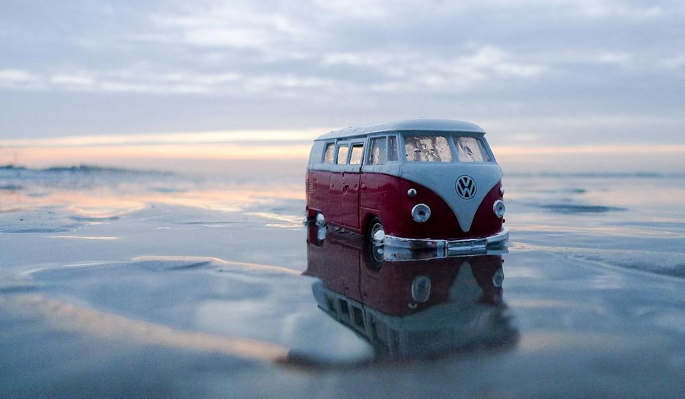 vw bus on the belgian beach belgium ivan dupont flickr. Black Bedroom Furniture Sets. Home Design Ideas