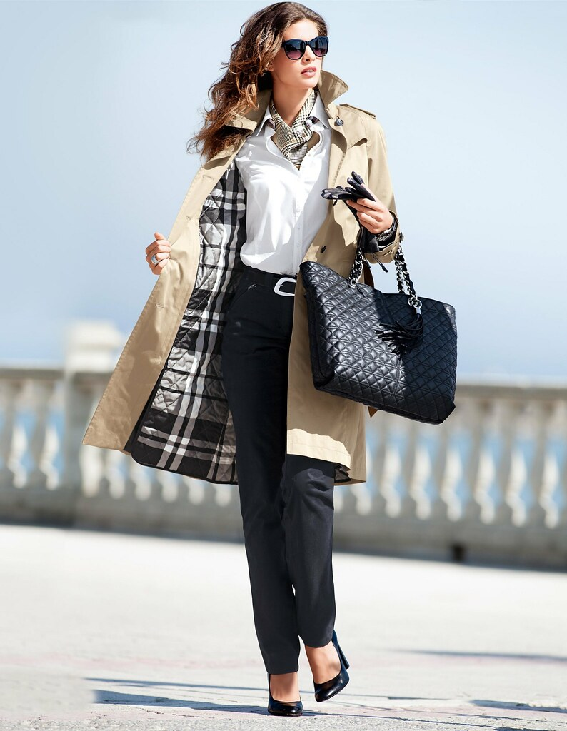 66c8edbcec28 Madeleine n°1281   Burberry style  the raincoat, the blouse …   Flickr