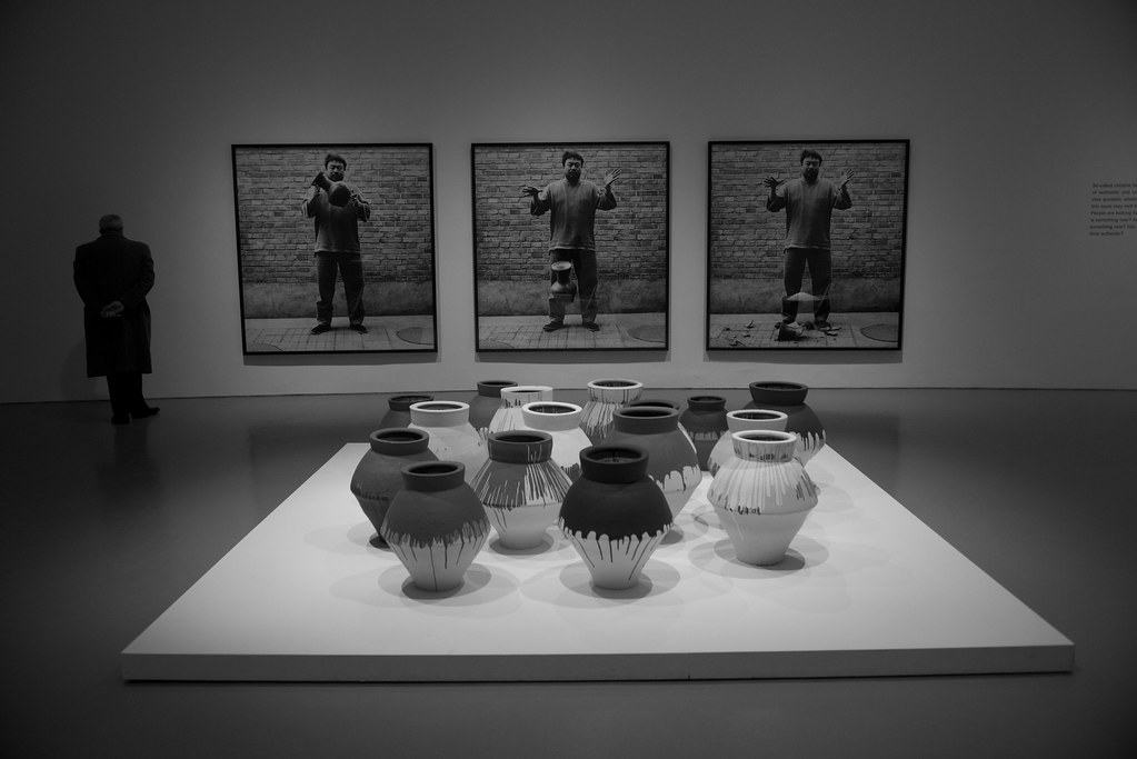 Ai Weiwei Dropping A Han Urn And Colored Vases Flickr
