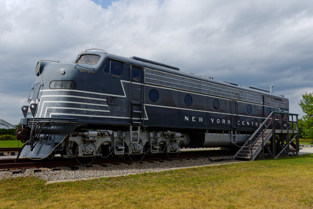 General Motors Emd E8 Locomotive 2 250 Horsepower