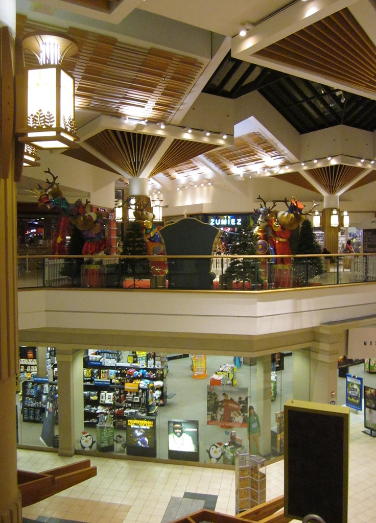 Subarban >> Stratford Square Mall, Bloomingdale, IL | Suburban Chicago. … | Flickr