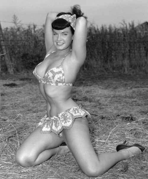 Bettie Page 1956  Bettie Page April 22, 1923  December -4616