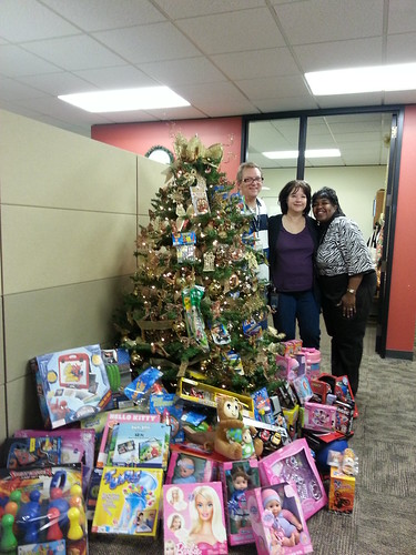 Toys For Tots Washington State : Washington state ferries employees embrace the holiday spi