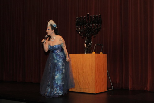 The night's emcee, Dottie Lux | by Keshet: LGBTQ inclusion in the Jewish Community