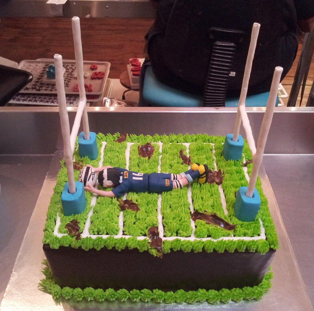 Field Goal Posts For Cakes