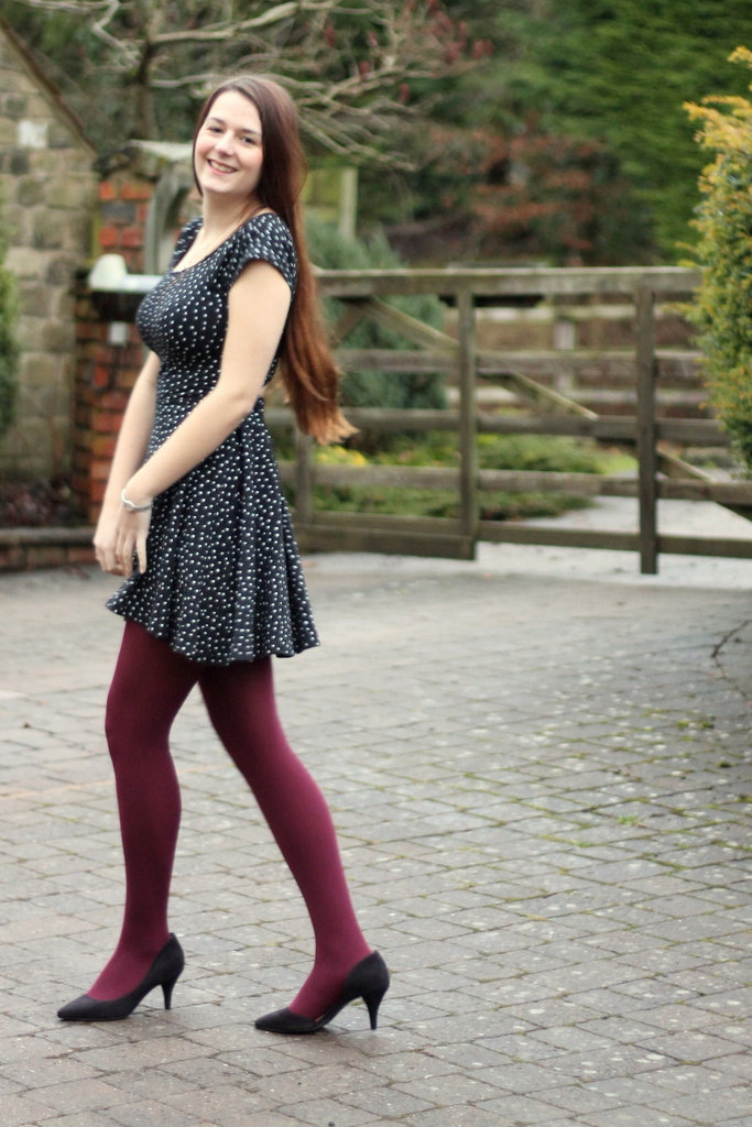 starry chicwish dress burgundy tights asos black heels. Black Bedroom Furniture Sets. Home Design Ideas