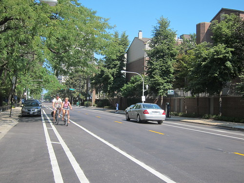 Clark St buffered bike lane 2 | by MichelleBikeWalkLincolnPark