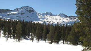 Snowshoeing to Winnemucca Lake | by Jeff Moser / BikeCarson.com