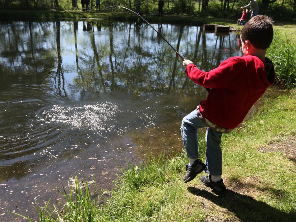 Youth fishing youth fishing at richard cronin national for Mass fish and wildlife