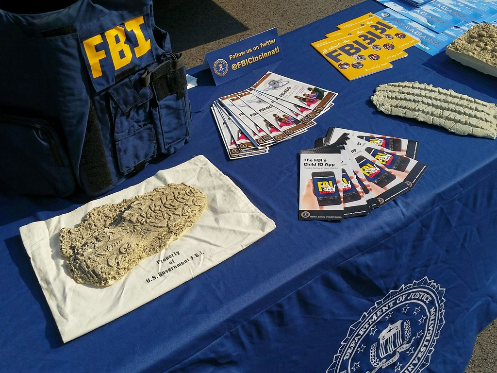 history of the fbi and women
