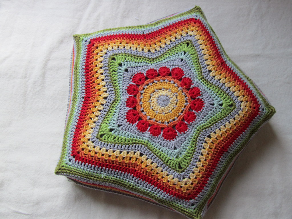 5 Pointed Star Pillows Pattern Is Now In My Shop Et Flickr