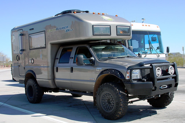 Earthroamer Xv Lt An Expedition Vehicle Based On A Ford F Flickr Photo Sharing