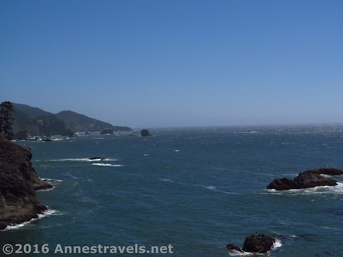 Coastal views near Thunder Rock Cove in Samuel H. Boardman State Scenic Corridor, Oregon