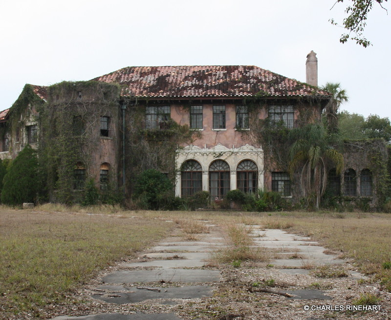Abandoned Howey Mansion In Howey In The Hills Florida Flickr