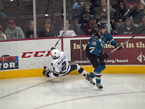 Worcester Sharks vs Hershey Bears 01/06/13 | by insidehockey