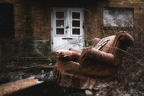 le gros fauteuil le gros fauteuil la petite fille et le v flickr. Black Bedroom Furniture Sets. Home Design Ideas