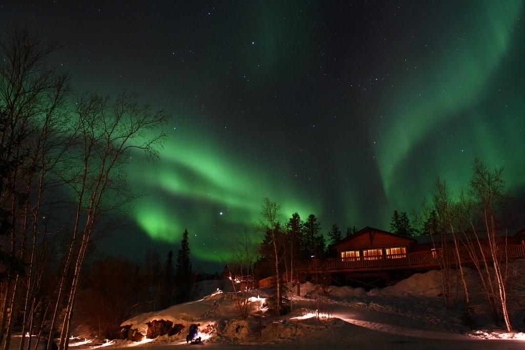 northern light   aurora village  yellowknife