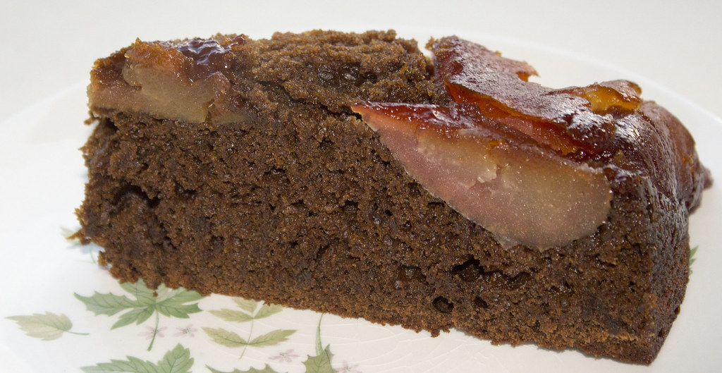 Cake Images Dow : Apple-Molasses Upside-Down Cake This is a great upside ...