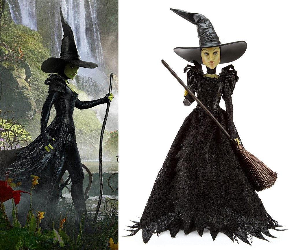 Wicked Witch of the West - Movie Character vs Disney Store… | Flickr
