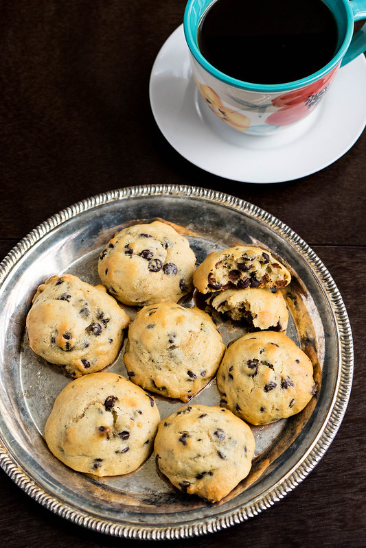 Soft Baked Chocolate Chip Cookies | cookingalamel.com