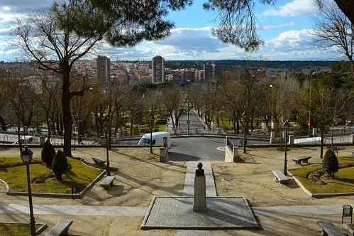 Parque de la cuesta de la vega madrid peque o jard n for Jardin de la vega alcobendas