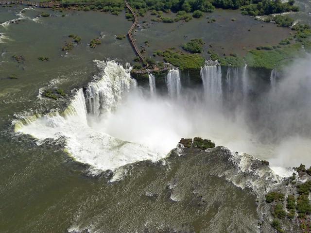 Cataratas de Iguazú a vista de helicóptero