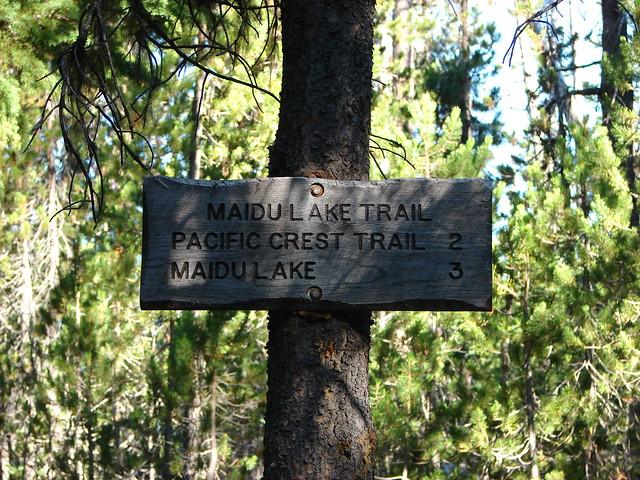 Trail sign along the Maidu Lake Trail