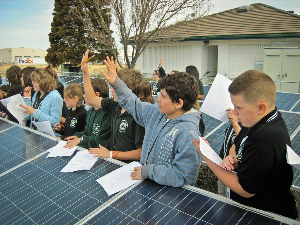 Black rock solar field trip to the children 39 s cabinet with for Solar energy information for students