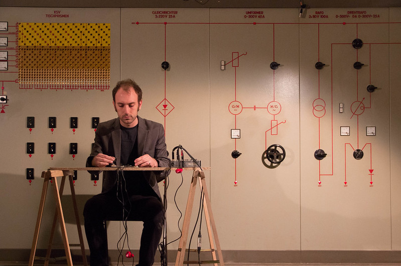 Tristan Perich at Das Weisse Haus (2 of 6)