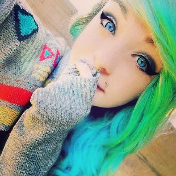 #emo #girl #pretty #eyes #green #blue #cute #hair #beautif ...
