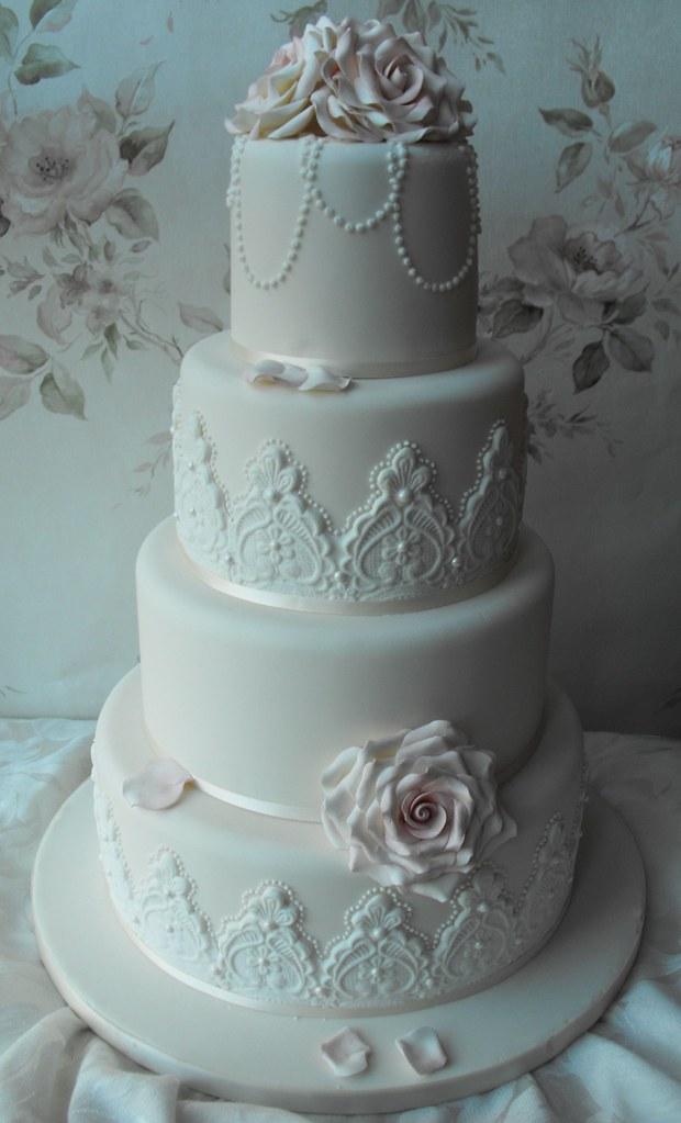 vintage lace wedding cakes grimsby kc wedding cakes tel. Black Bedroom Furniture Sets. Home Design Ideas
